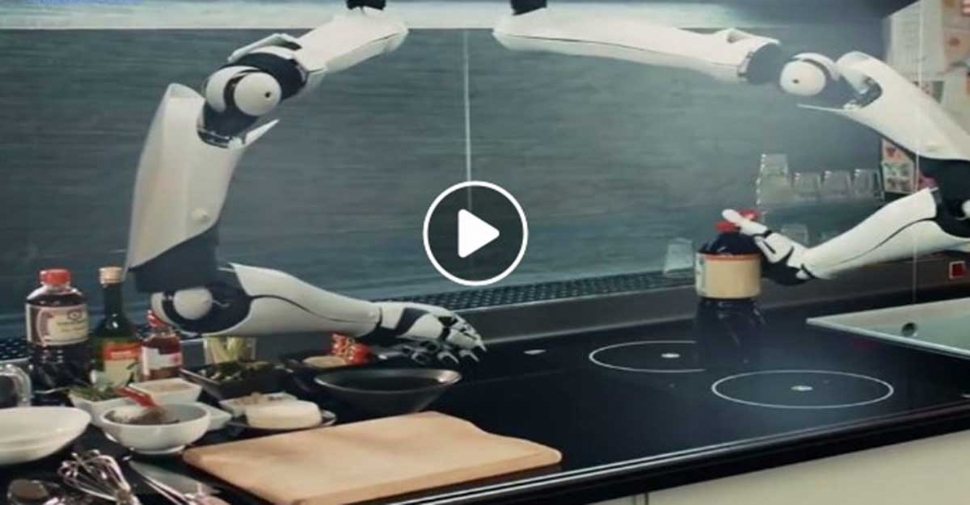 Dünyanın ilk robot mutfağı