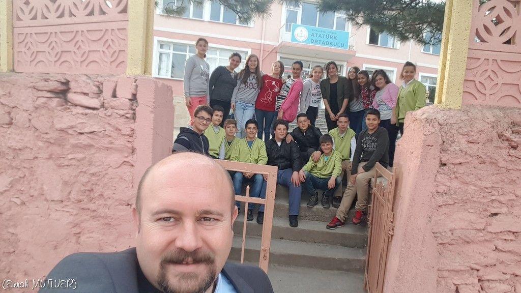 Sınıfımın öğrencileriyle birlikte...