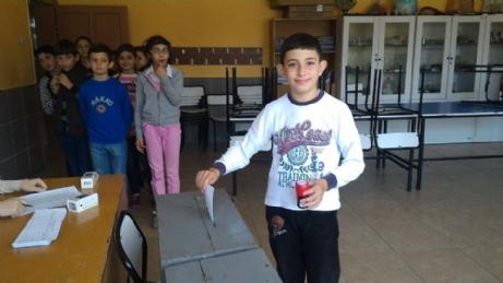Üsküp Atatürk Ortaokulu Meclis Başkanlığı Seçimleri